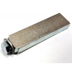 Prečni element za montažo traku na navijalec